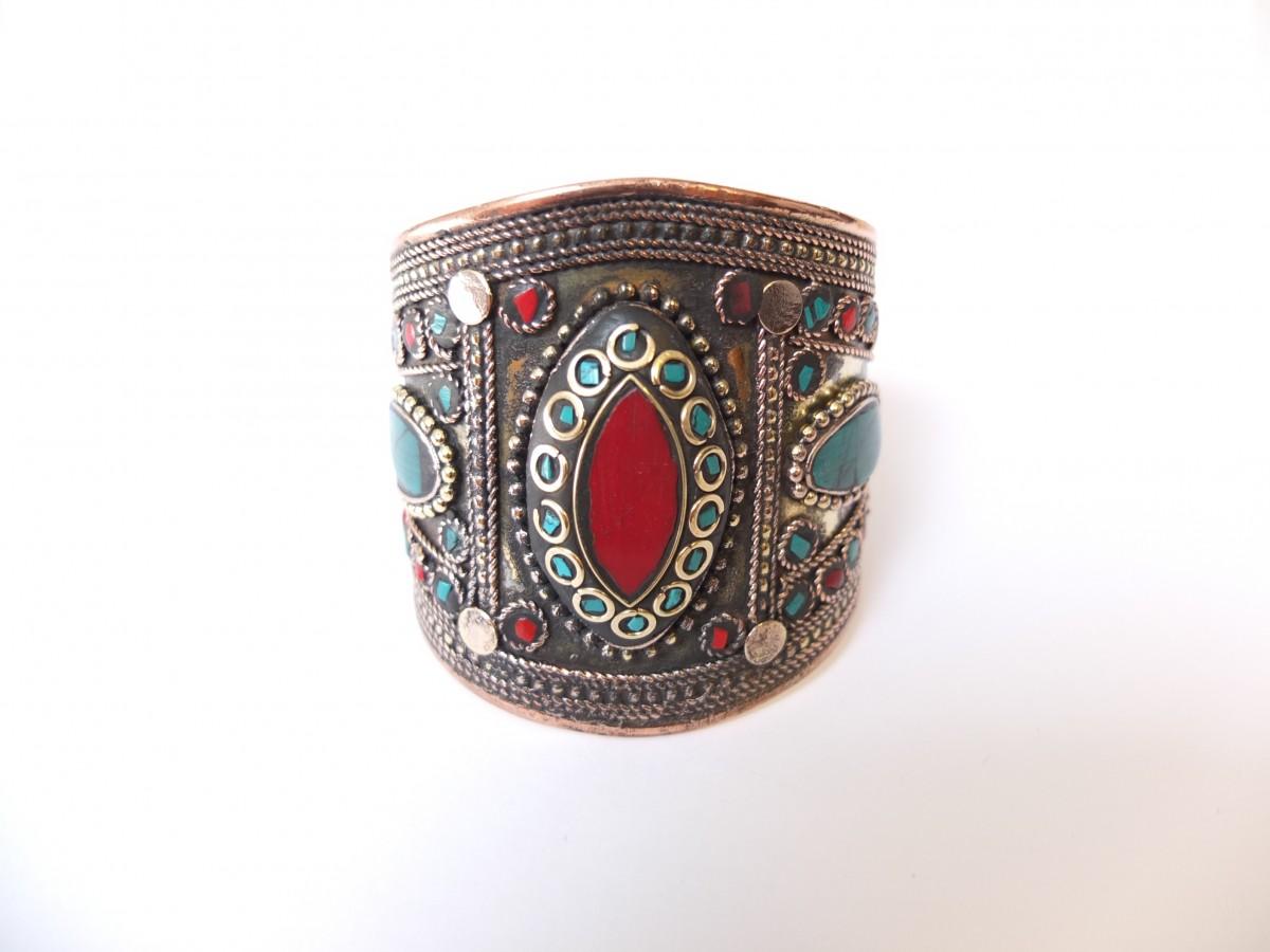 photo bronze céramique de couleur Inde